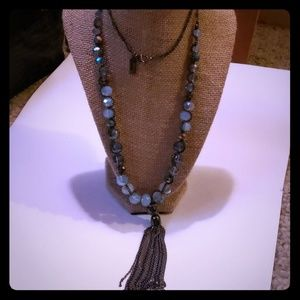THE LIMITED STATEMENT NECKLACE